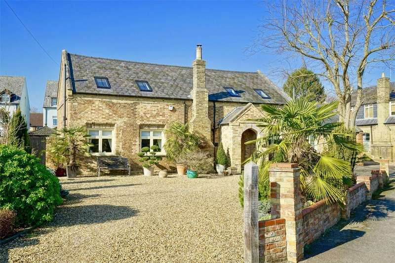 3 Bedrooms Detached House for sale in 11 Grass Yard, Kimbolton