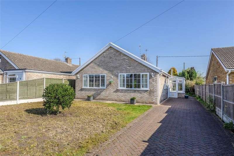 3 Bedrooms Detached Bungalow for sale in Londesborough Way, Metheringham, LN4