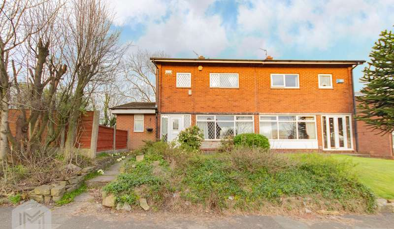 4 Bedrooms Semi Detached House for sale in Crompton Way, Bolton, BL2