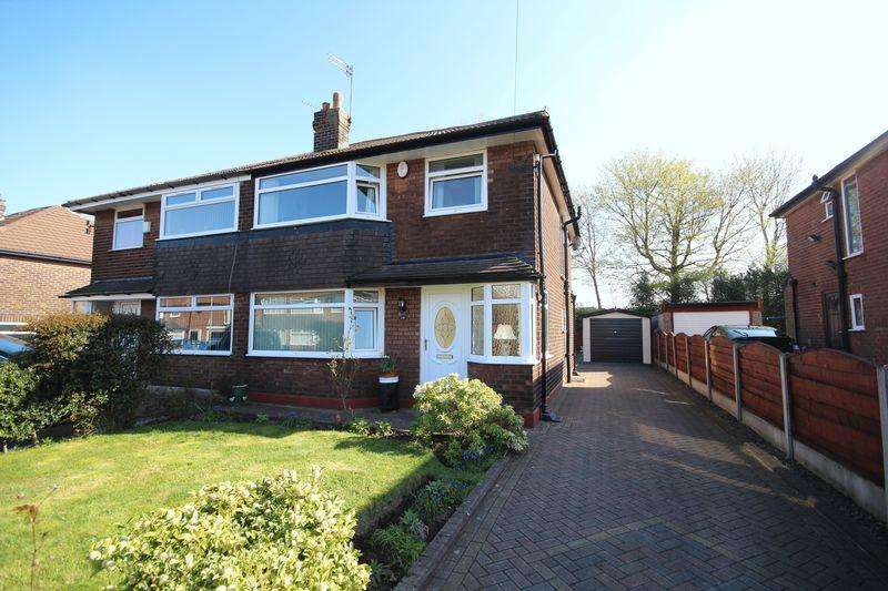 3 Bedrooms Semi Detached House for sale in BERKELEY DRIVE, Buersil, Rochdale OL16 4UF