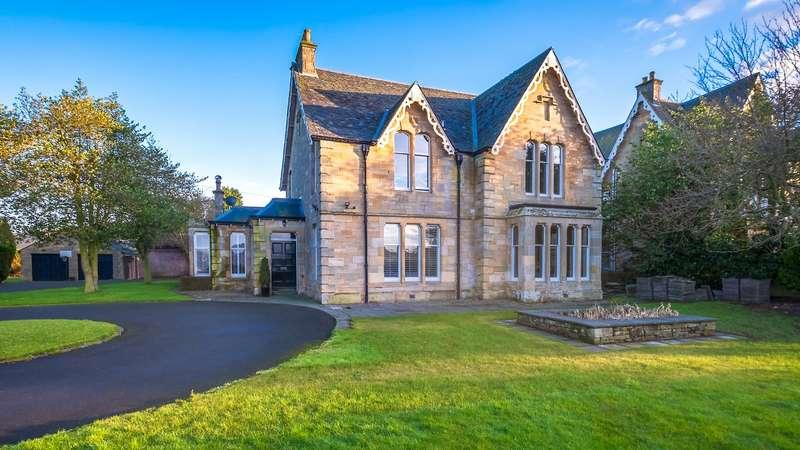 5 Bedrooms Detached House for sale in Sandilands, South Road, Cupar, Fife, KY15