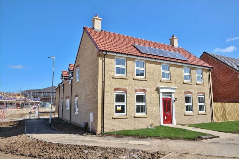 5 Bedrooms Detached House for sale in Baker Drive, Nettleham Chase, LN2