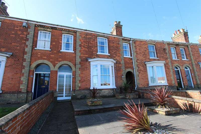 3 Bedrooms Terraced House for sale in Newmarket, Louth, LN11 9EQ
