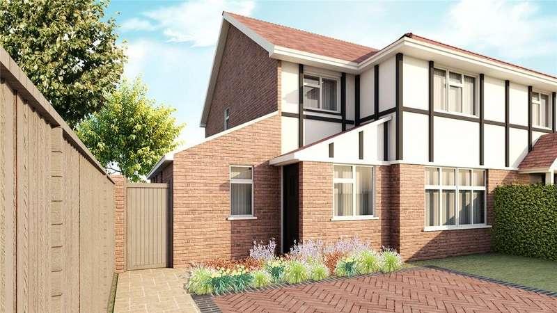 3 Bedrooms Semi Detached House for sale in Blackpond Lane, Farnham Royal, Slough, SL2