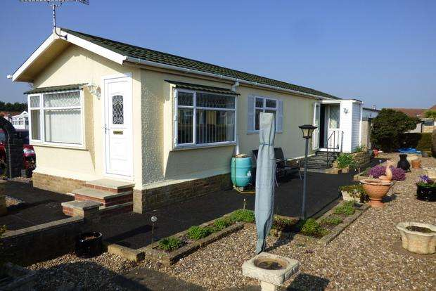 2 Bedrooms Park Home Mobile Home for sale in Kingfisher Drive, Beacon Park Home Village, Skegness, PE25