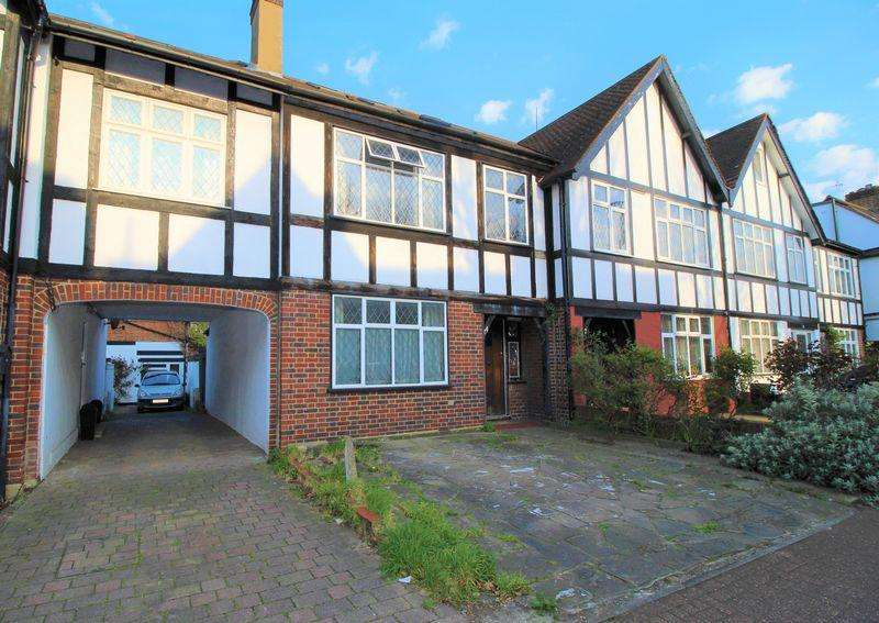 4 Bedrooms End Of Terrace House for sale in St. James's Drive, Wandsworth Common, SW17 7RX