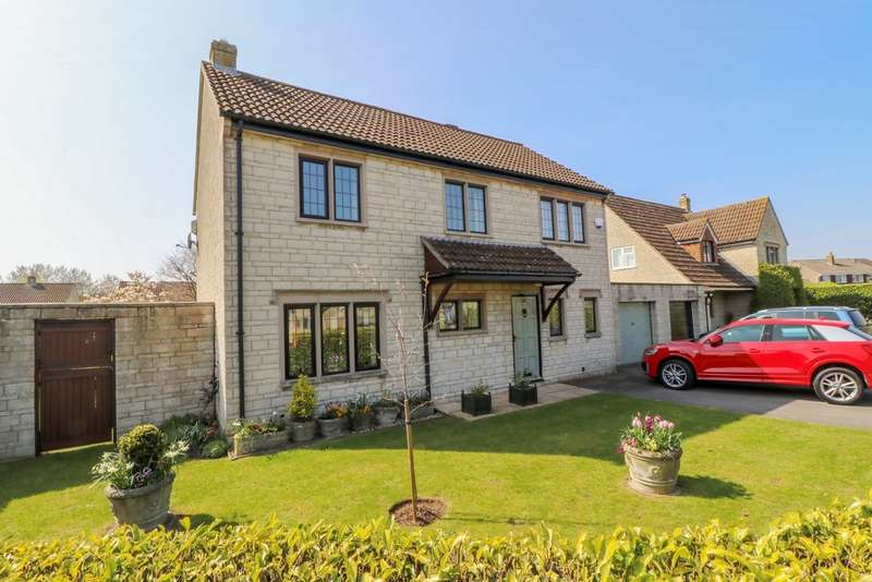 3 Bedrooms Detached House for sale in Gooselade, Street