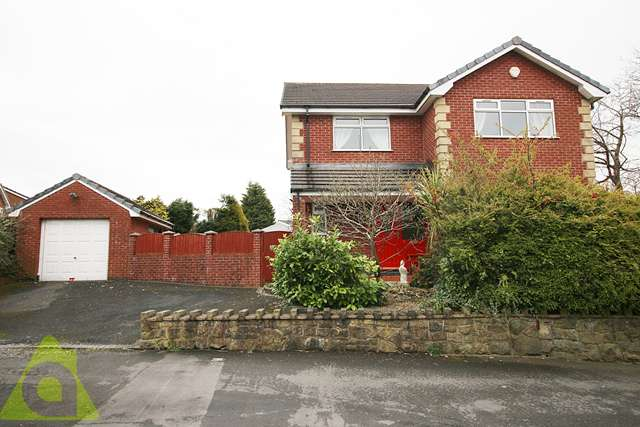 4 Bedrooms Detached House for sale in Cherwell Road, Westhoughton, BL5 3TX