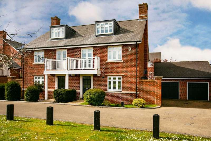 5 Bedrooms Semi Detached House for sale in Barn Croft Drive, Lower Earley, Reading, RG6 3WE