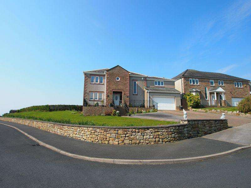 4 Bedrooms Detached House for sale in The Headlands, Morecambe