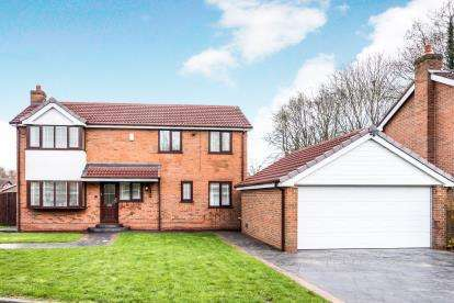 4 Bedrooms Detached House for sale in St. Andrews Close, Fearnhead, Warrington, Cheshire