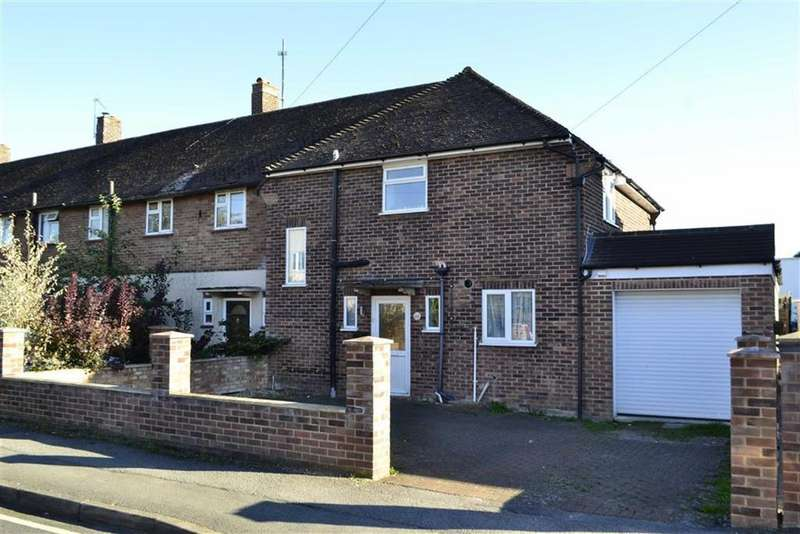 3 Bedrooms End Of Terrace House for sale in Hawthorn Road, Newbury, Berkshire, RG14