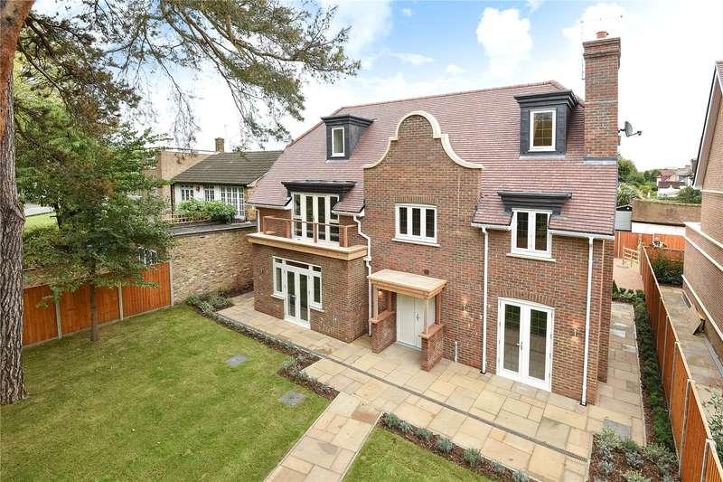 6 Bedrooms Detached House for sale in Pinner Road, Watford, WD19