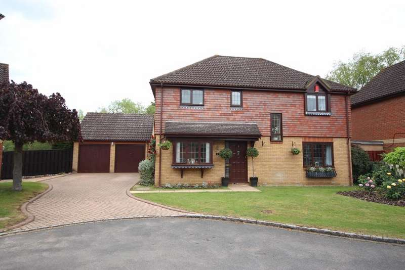 4 Bedrooms Detached House for sale in Bray Outskirts
