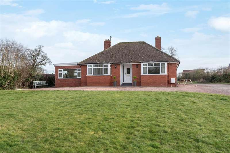 3 Bedrooms Bungalow for sale in Sutton St. Nicholas, Hereford, HR1 3BL