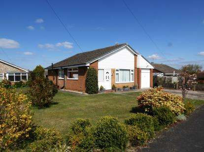 3 Bedrooms Bungalow for sale in Beechfield, Moulton, Northwich, Cheshire