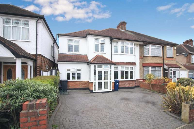 5 Bedrooms Semi Detached House for sale in Sherborne Avenue, Norwood Green, UB2
