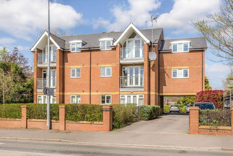2 Bedrooms Flat for sale in Ashgrove Court, Maidenhead, SL6