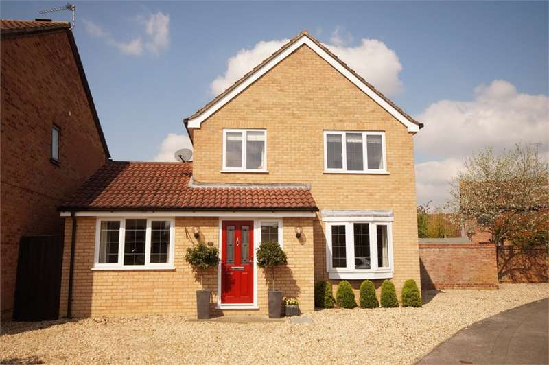 4 Bedrooms Detached House for sale in Lidstone Close, Lower Earley, READING, Berkshire