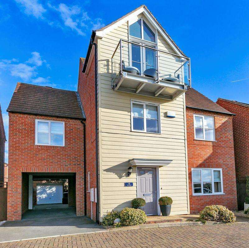 6 Bedrooms Detached House for sale in Foxfield, Broughton