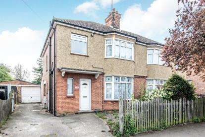 3 Bedrooms Semi Detached House for sale in Goldington Road, Bedford, Bedfordshire, .