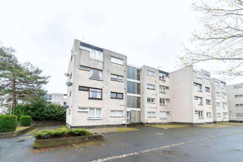 2 Bedrooms Flat for sale in 52 Church Court, Ayr, KA8 0DB