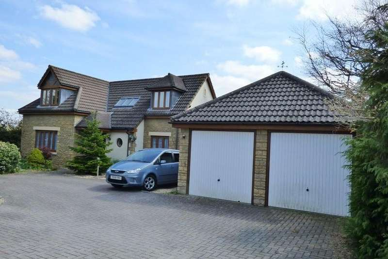 3 Bedrooms Detached House for sale in Stone Lane, Winterbourne Down, Bristol