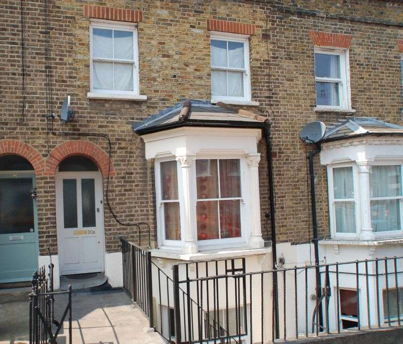 2 Bedrooms Property for sale in Earlswood Street, London