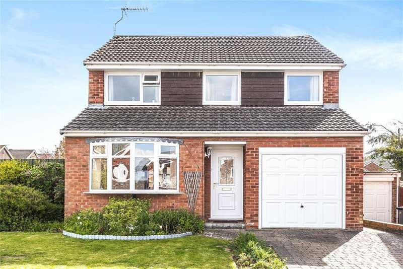 4 Bedrooms Detached House for sale in Broughton Gardens, Lincoln, LN5