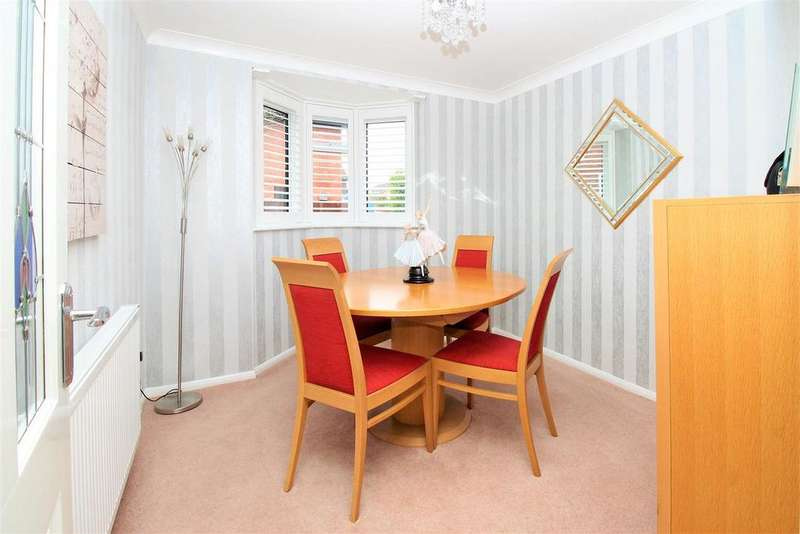 4 Bedrooms Detached House for sale in Sampson Close, Belvedere