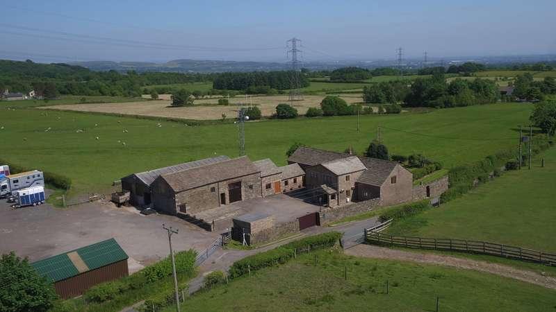 4 Bedrooms Detached House for sale in Hawkshaw Lane, Hawkshaw, Bury, BL8