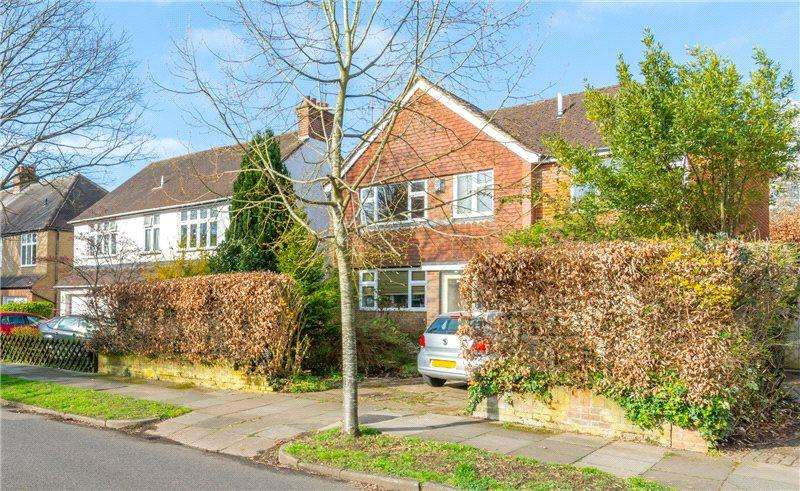 4 Bedrooms Detached House for sale in Salisbury Avenue, St. Albans, Hertfordshire