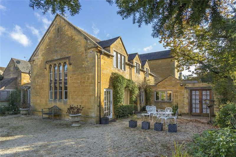 2 Bedrooms Unique Property for sale in Oxford Street, Moreton-in-Marsh, Gloucestershire, GL56