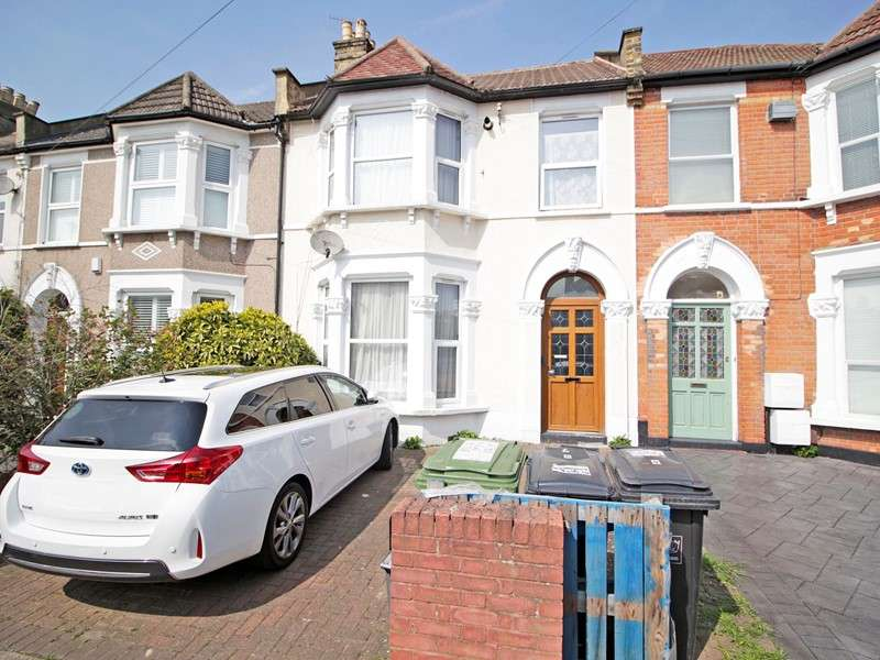 6 Bedrooms Property for sale in Arngask Road, London, ,, SE6 1XY