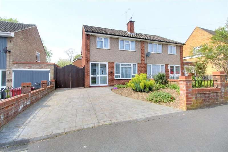 3 Bedrooms Semi Detached House for sale in St. Saviours Road, Reading, Berkshire, RG1