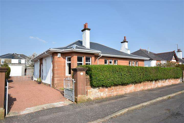 3 Bedrooms Detached Bungalow for sale in 21 Robsland Avenue, Ayr, KA7 2RW