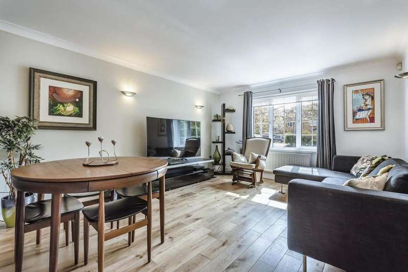 2 Bedrooms Flat for sale in Bewley Street, Wimbledon