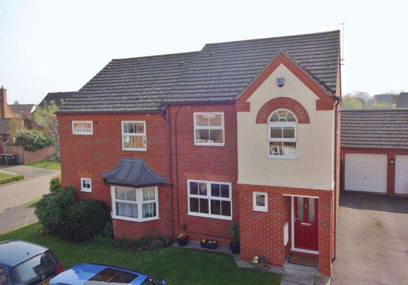 3 Bedrooms Semi Detached House for sale in Immaculate family home, click for more details...