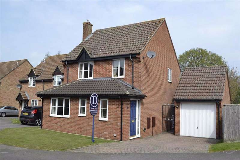 3 Bedrooms Detached House for sale in Keeps Mead, Kingsclere, Berkshire, RG20