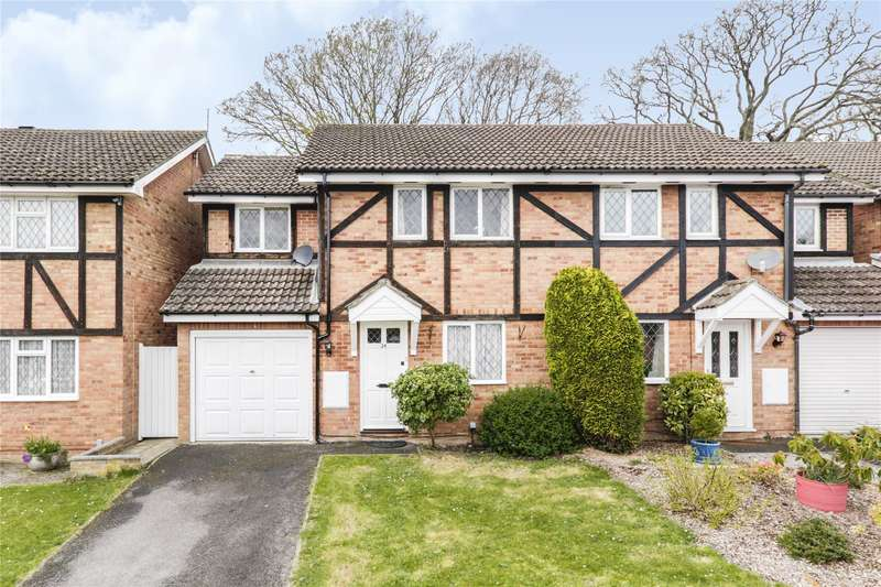 3 Bedrooms Semi Detached House for sale in Farley Copse, Bracknell, Berkshire, RG42
