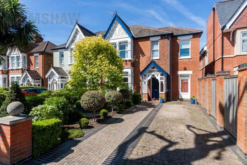 5 Bedrooms House for sale in The Avenue, Ealing, London