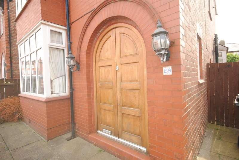 3 Bedrooms Detached House for sale in Eccleston Street, Swinley, Wigan