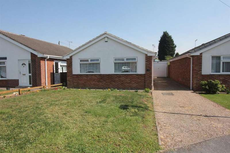 2 Bedrooms Detached Bungalow for sale in Ferness Road, Hinckley