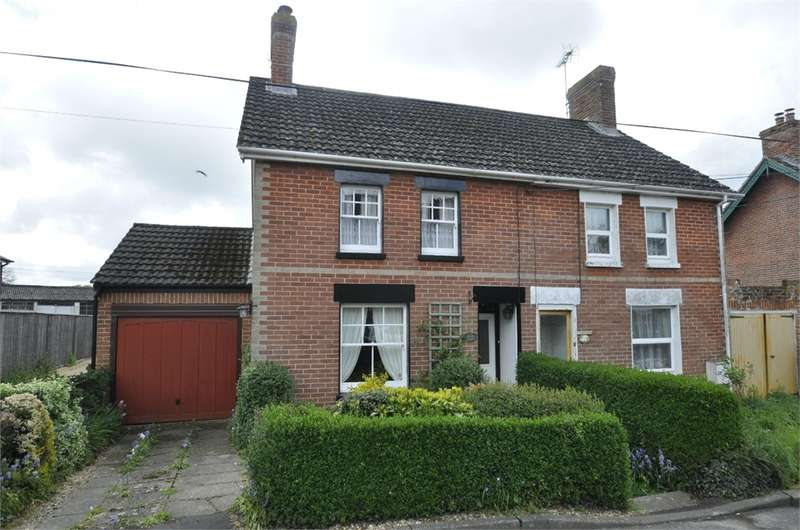3 Bedrooms Semi Detached House for sale in Ashford Road, Fordingbridge, Hampshire