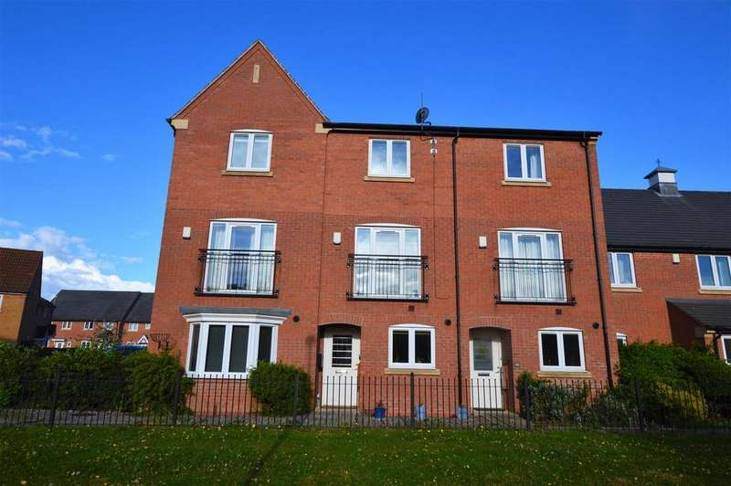 3 Bedrooms Town House for sale in Highland Drive, Loughborough