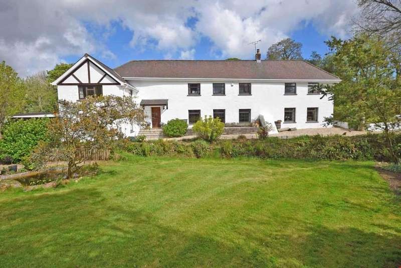 5 Bedrooms Detached House for sale in Between Truro and St Austell,Cornwall