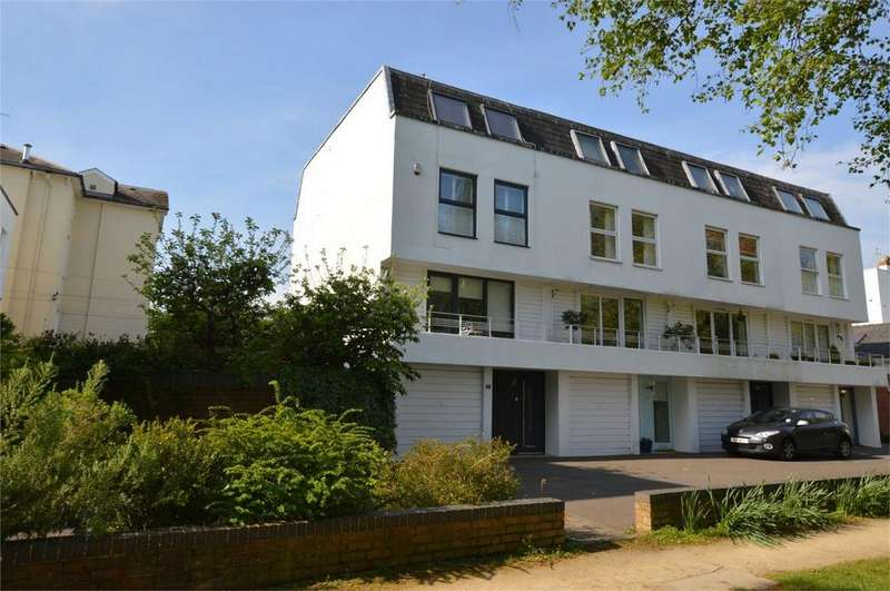 4 Bedrooms End Of Terrace House for sale in Albert Court, Central Cross Drive, Cheltenham