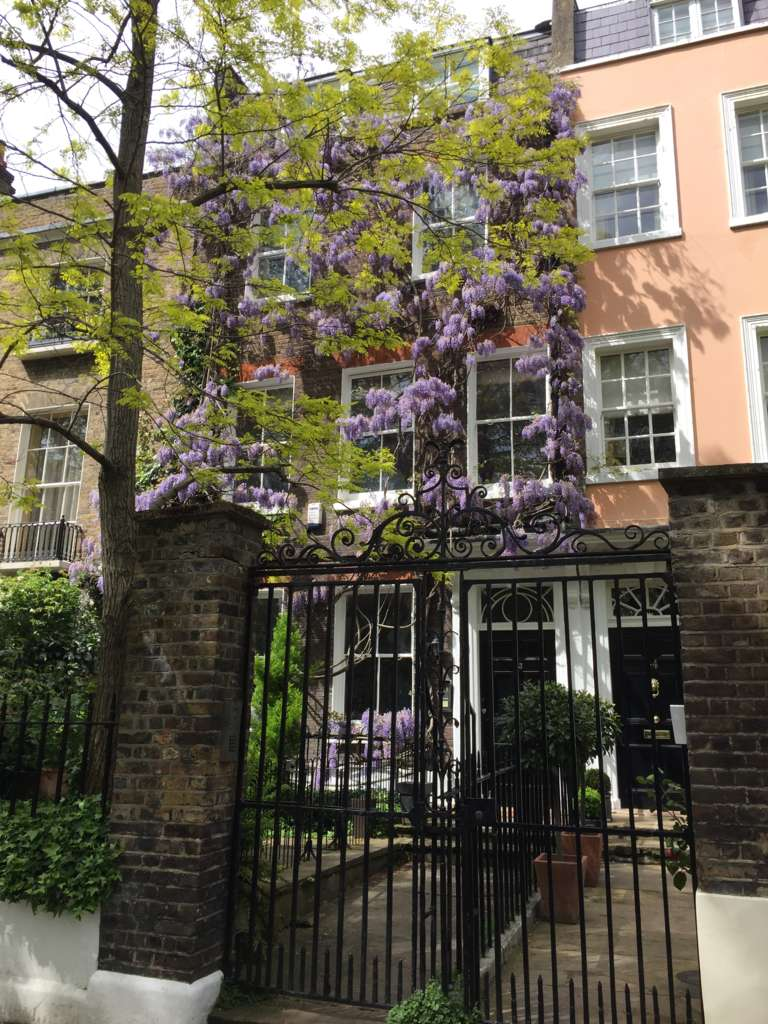 5 Bedrooms House for sale in Kensington Square, London. W8