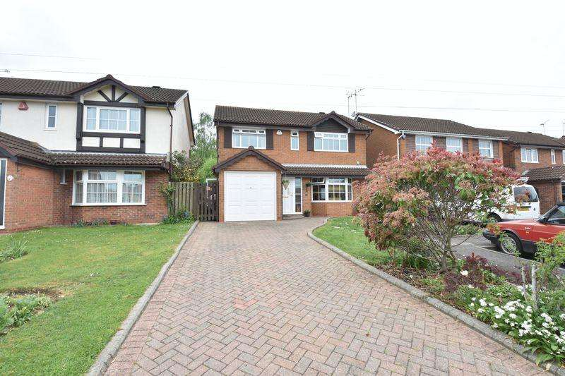 4 Bedrooms Detached House for sale in Ames Close