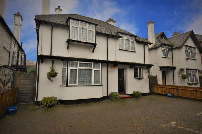 5 Bedrooms Detached House for sale in Bath Road, Taplow, Maidenhead, SL6
